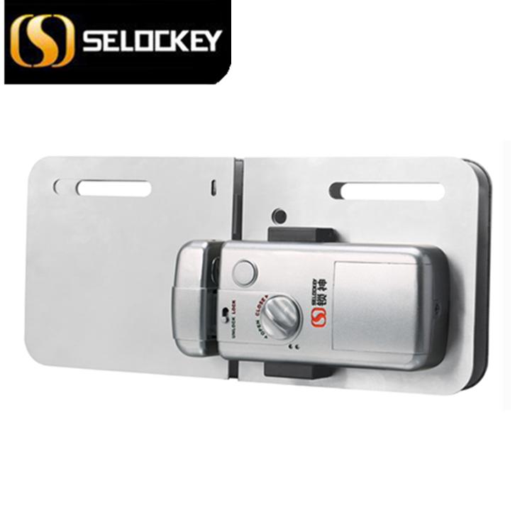 The glass door lock